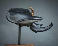 「アクタエオンの黒い兜」 31×45×h25cm + 台座 黒御影石、ブロンズ